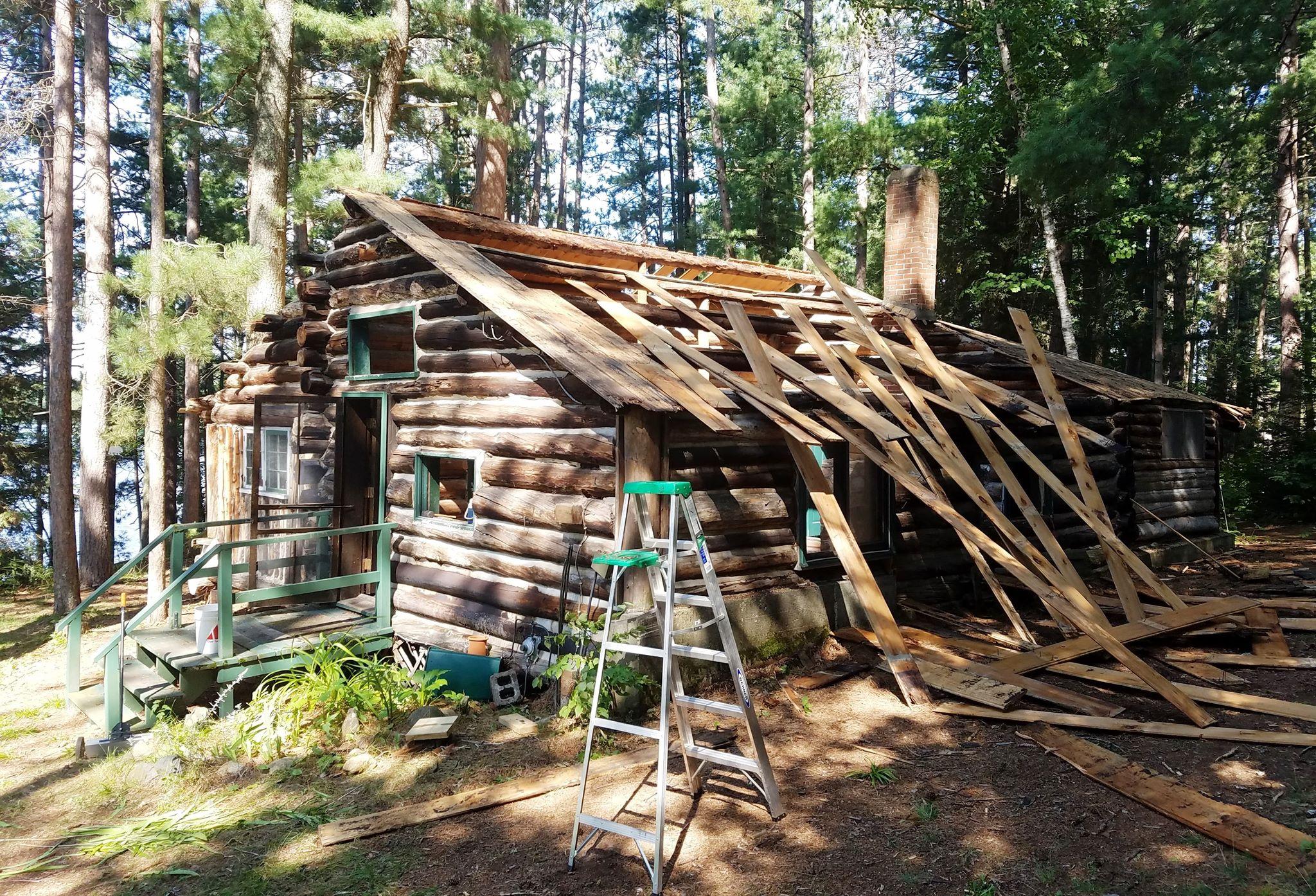 Lake Somo Log Cabin