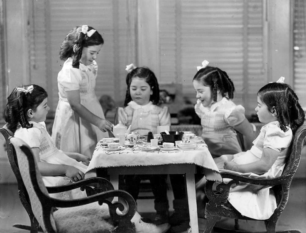 The Dionne Quintuplets - The Quintland Sisters