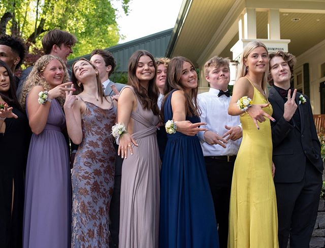 finally getting to post Oliver's junior prom pics!! 💛everyone looked so beautiful!!