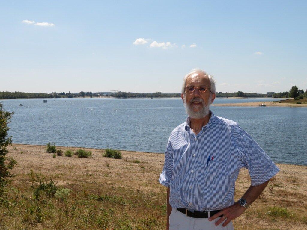 Jan Verhagen bij de Bijland waar fort Carvium lag