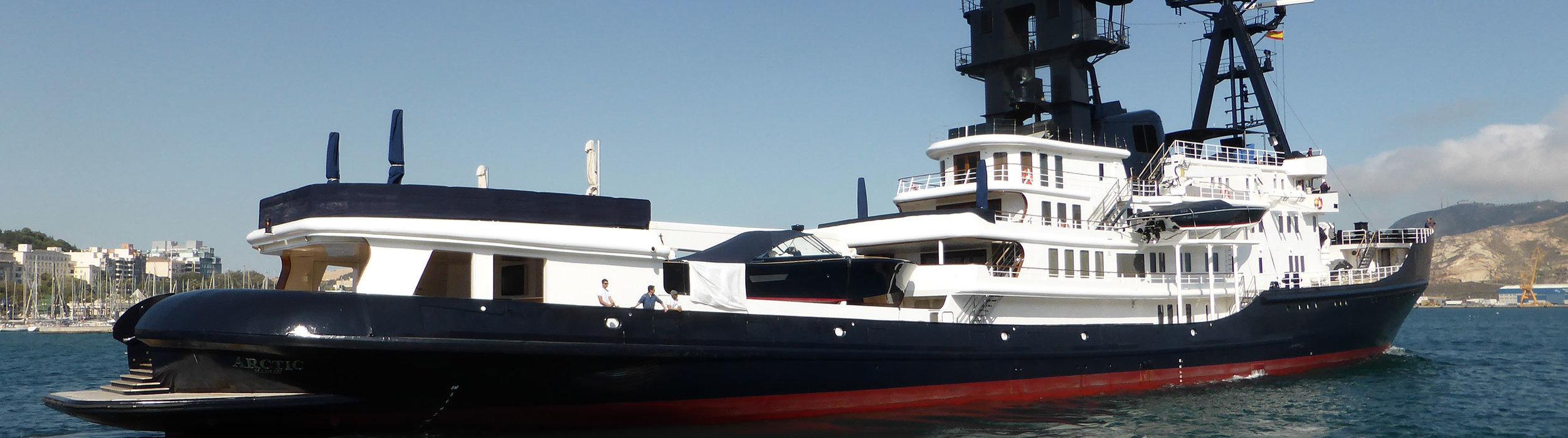 Superyacht03.jpg