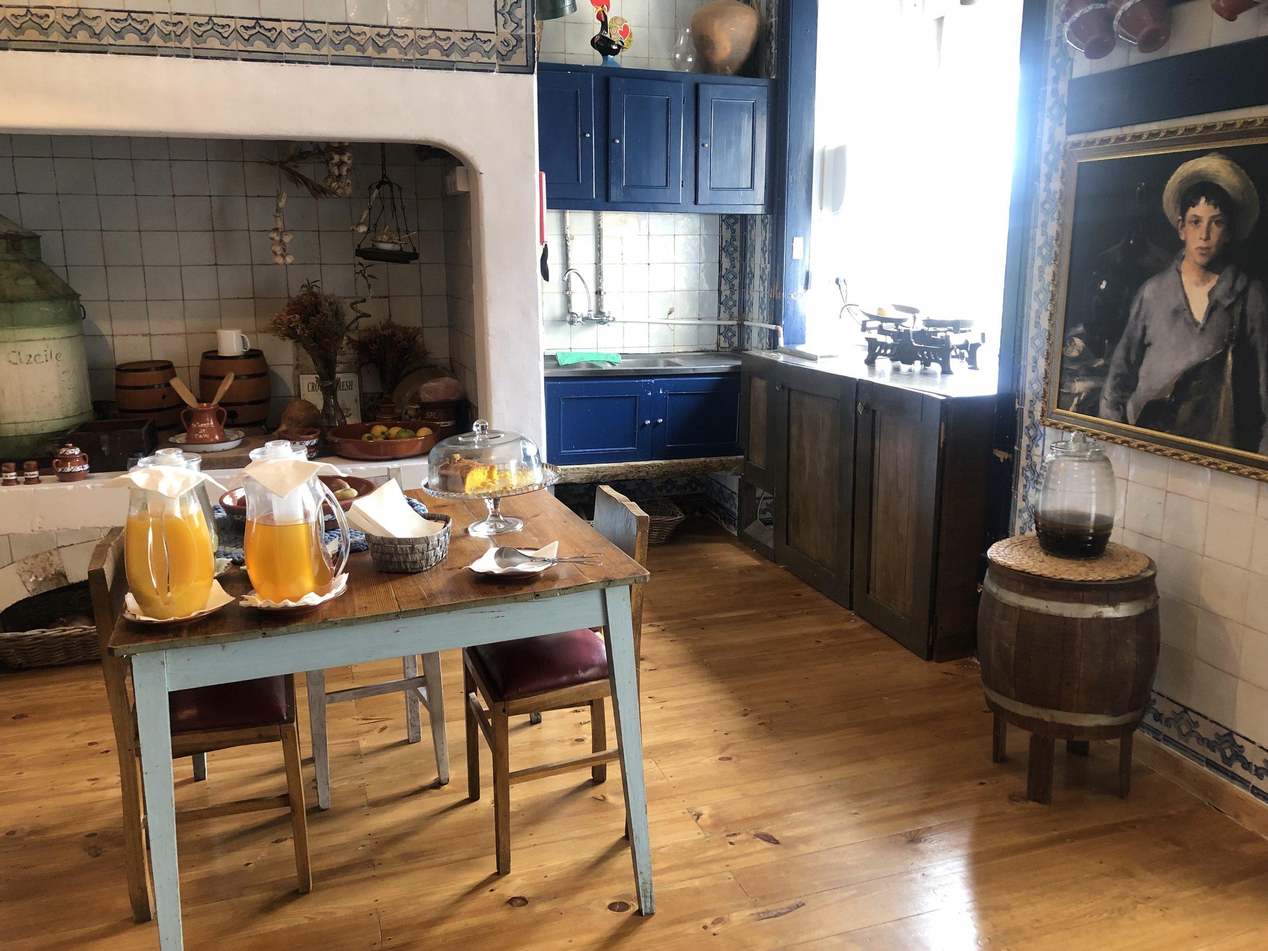 casinha kitchen.jpg