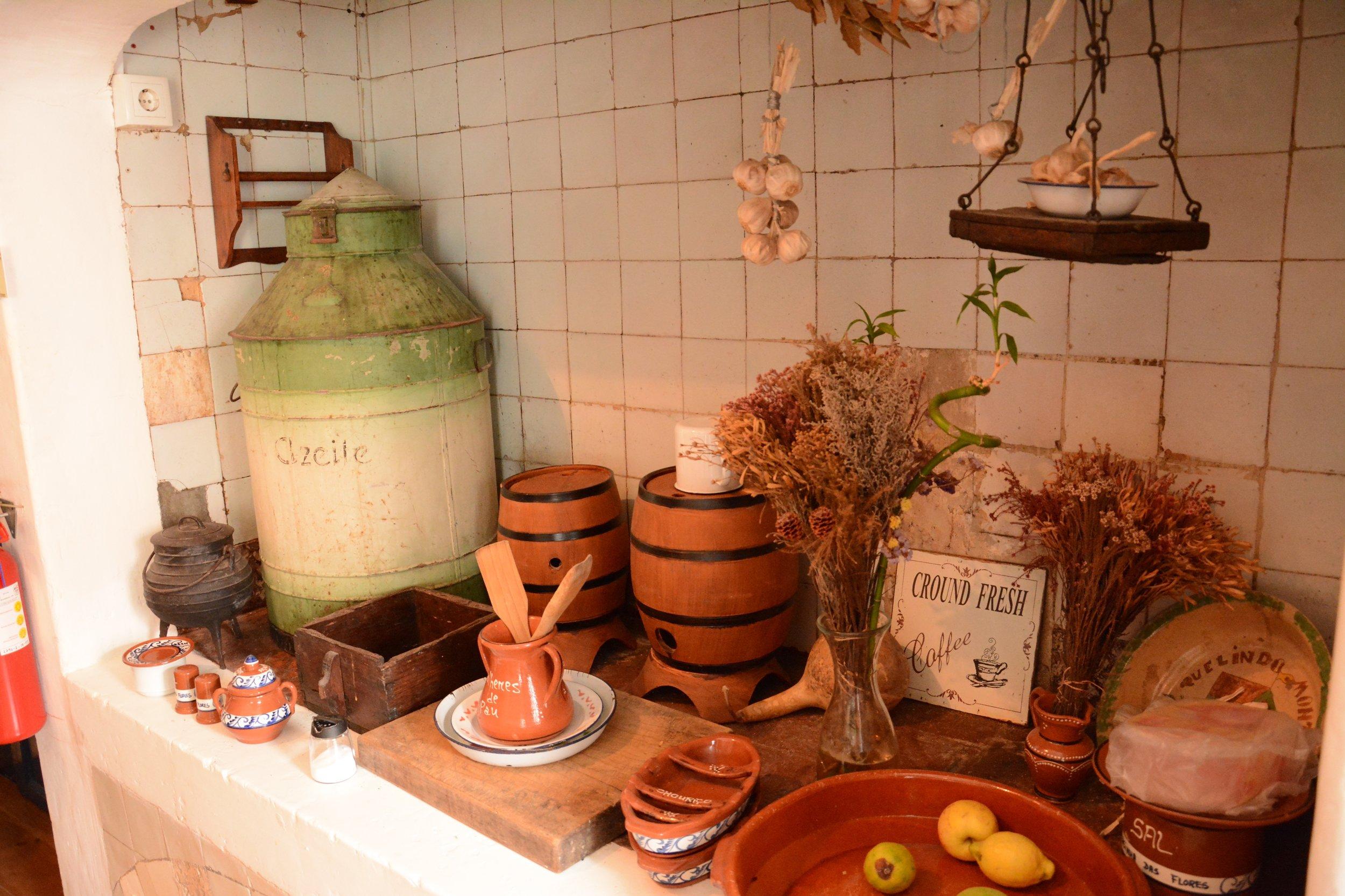 casinha kitchen 3.jpg