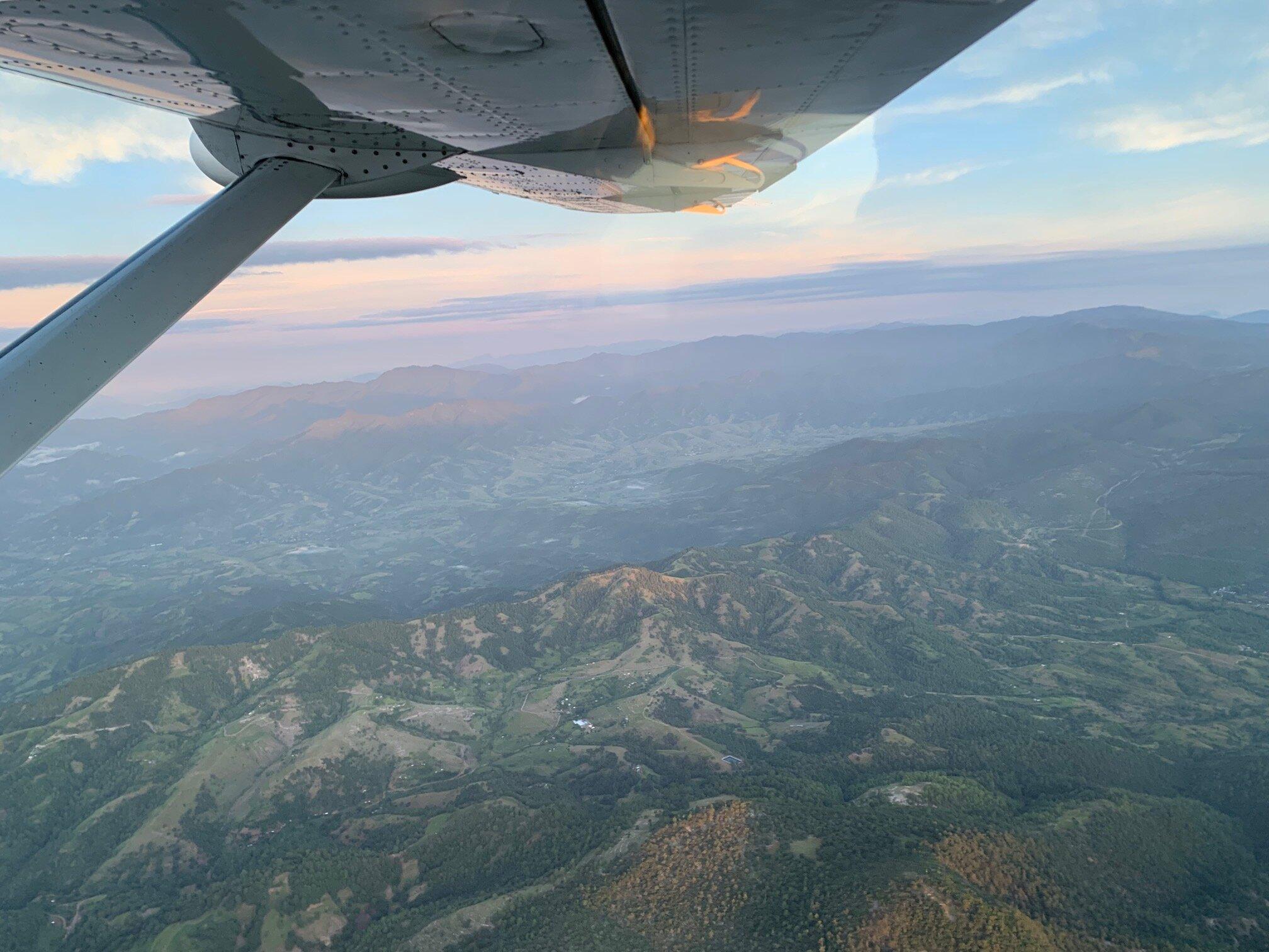 Somewhere in the air // Puerto Escondido via Cessna