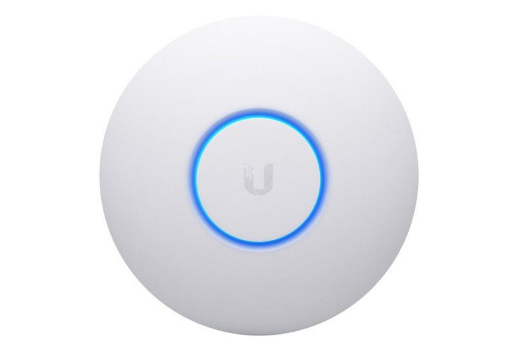 UAP-Ubiquiti Unifi nanoHD AP AC access point.jpg