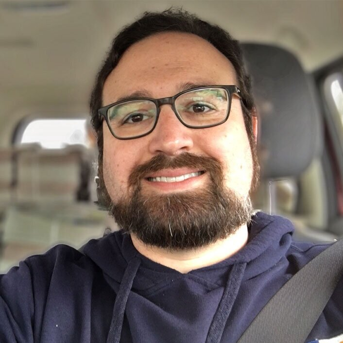 Tony-Headshot-in-car-2019.jpg