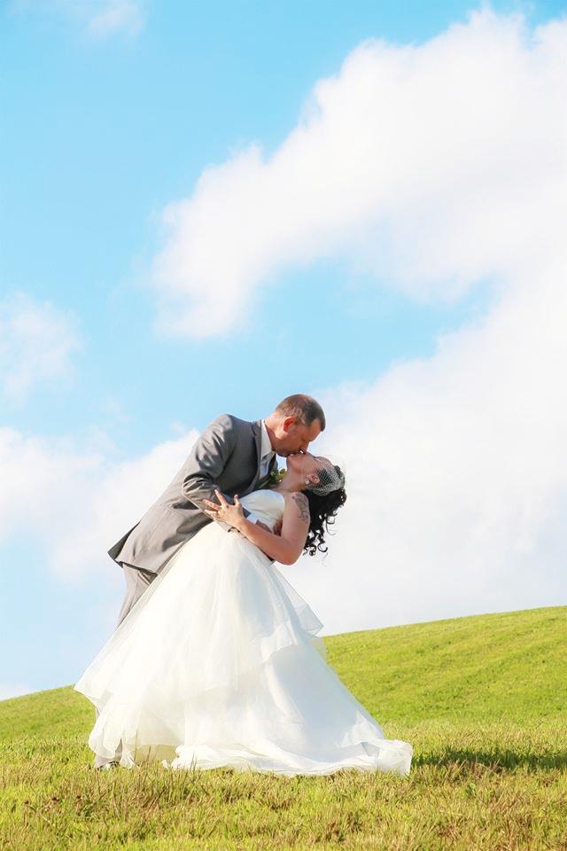 wedding  outdoors BG9.3.17 1.jpg