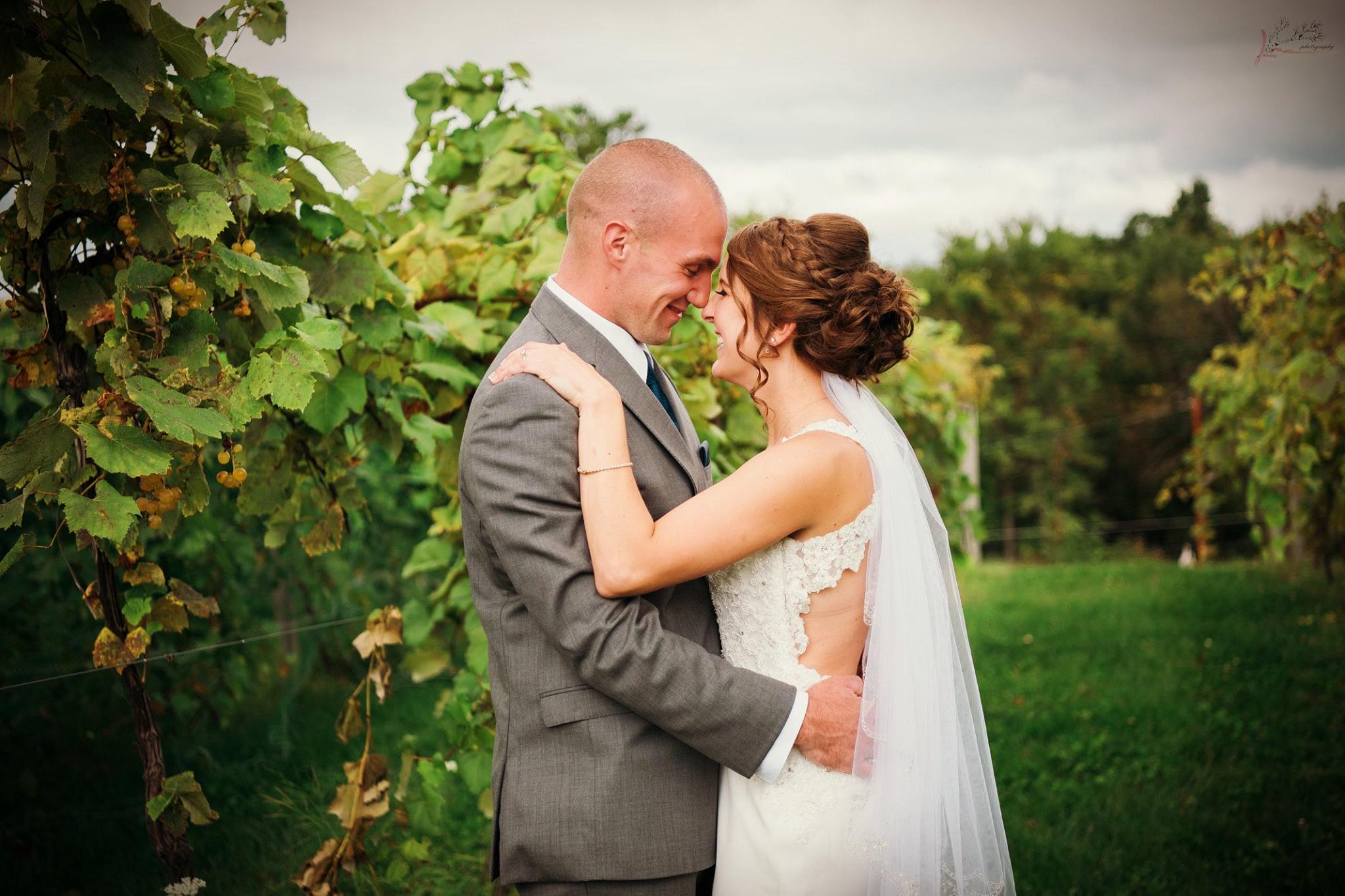 wedding vineyard BG9.30.17.jpg