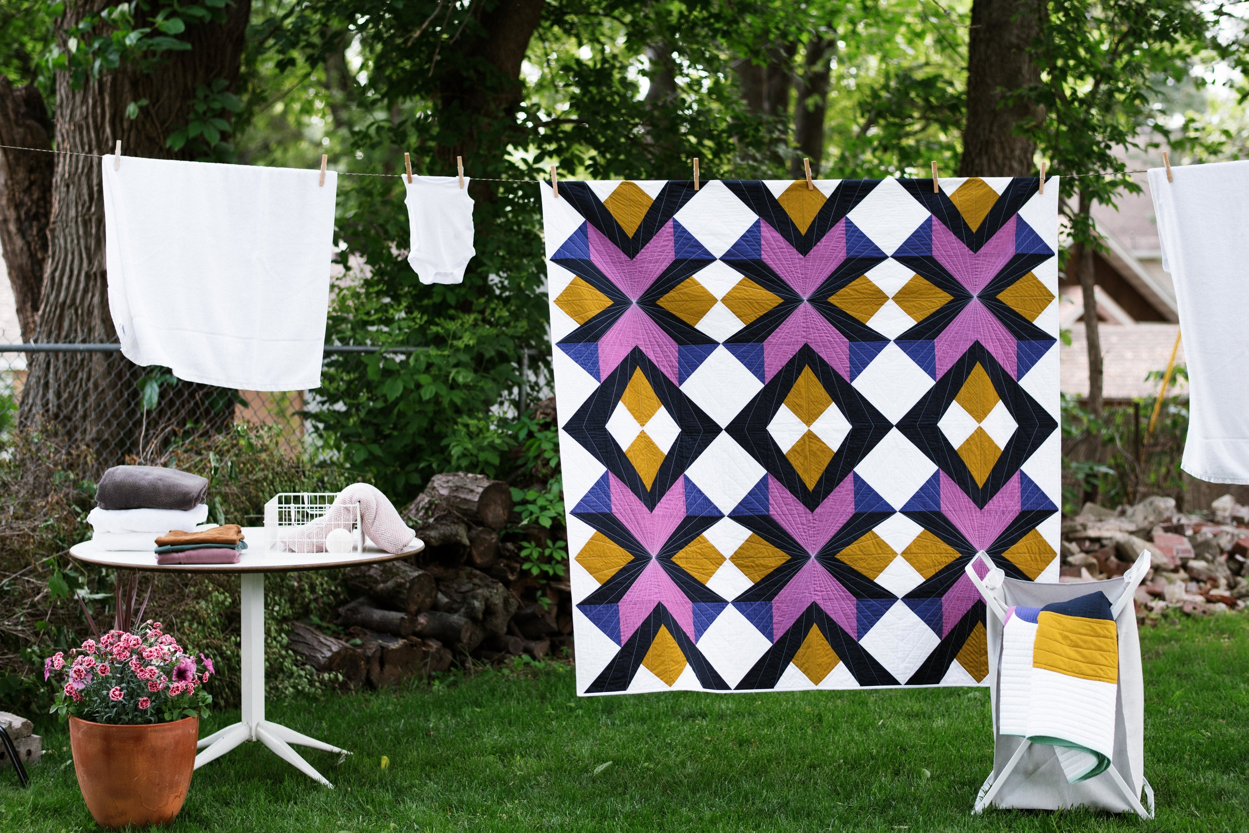 Breeze Quilt - By the mqg