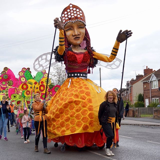 The Queen Bee made a spectacular appearance at the Grande Parade!