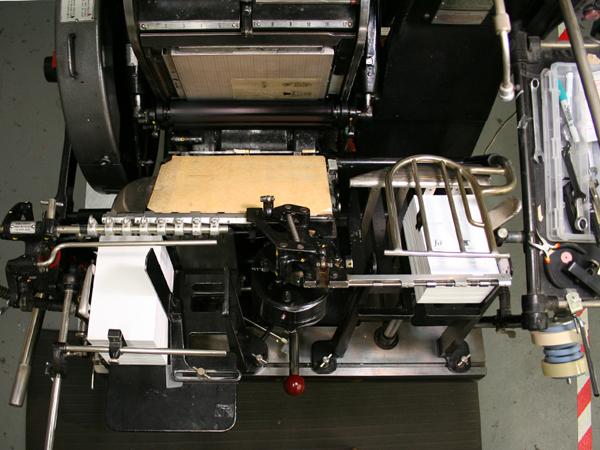 _0009_press_running_paper.jpg