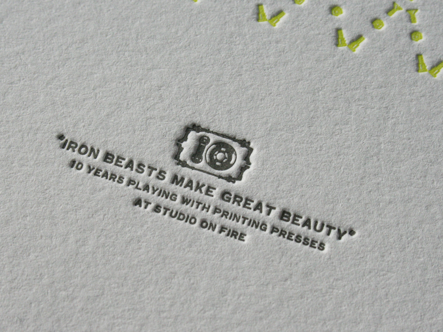 0003_Iron_Beast_poster_title_detail.jpg