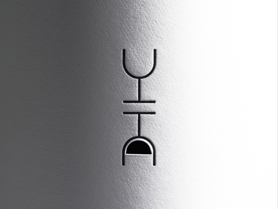 0000_Siquis_Wine_Bottle_label_front.jpg