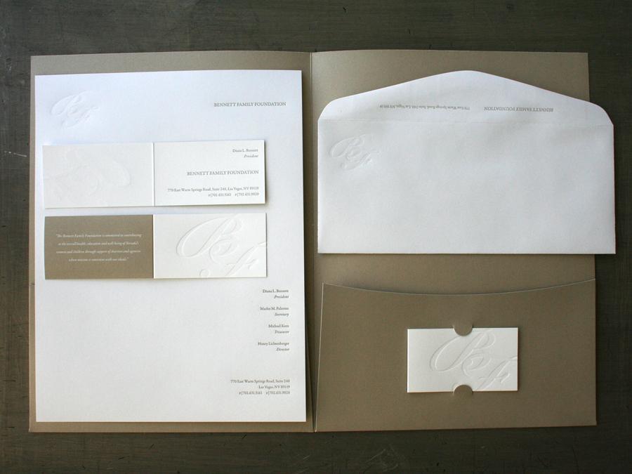 0003_bennett_family_letterpress_stationery_folder.jpg