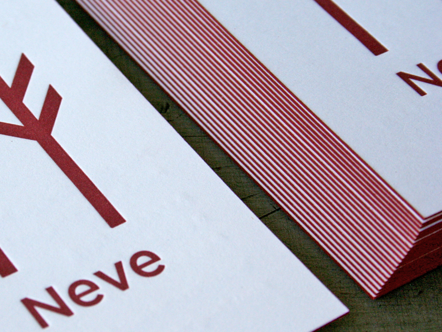 0000_BrewCreative_Neve_letterpress_edge_color.jpg