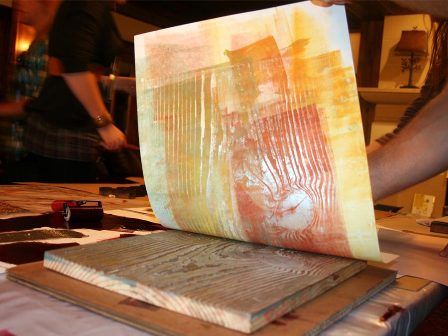 0024_printing_the_woodgrain_block_designcamp2010.jpg
