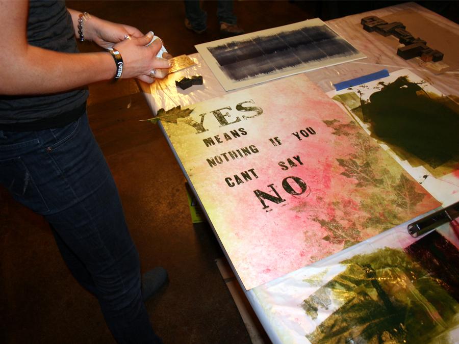 0012_inking_and_printing_leaves_designcamp2010.jpg
