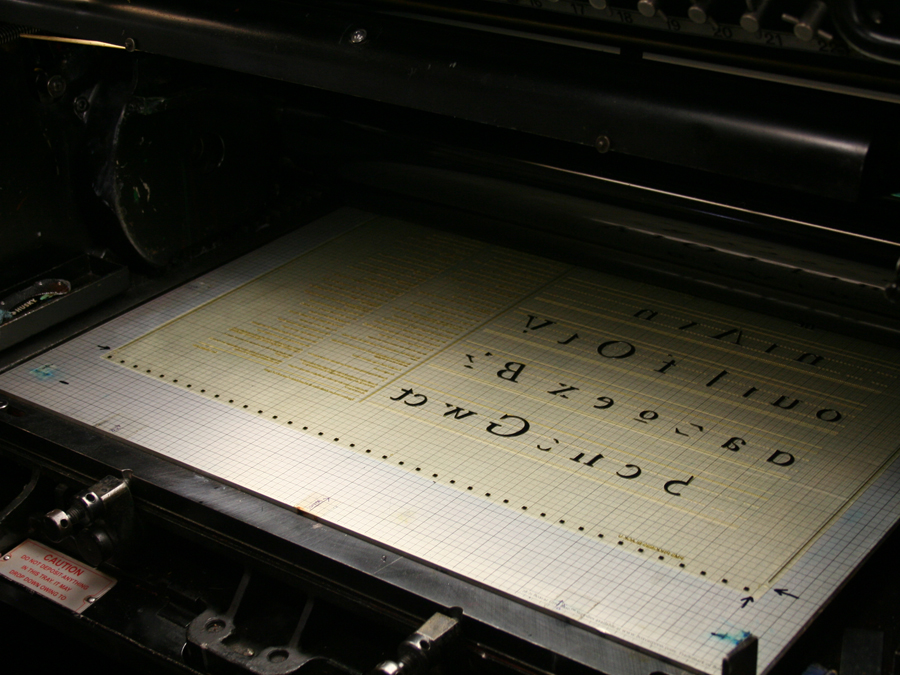 0009_Typography_poster_letterpress_boxcar_base_21x28.jpg
