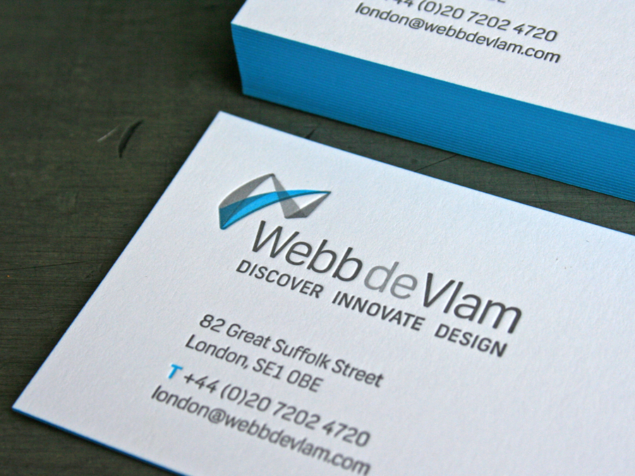 0006_WebbdeVlam_business_cards_letterpress_blue_detail.jpg