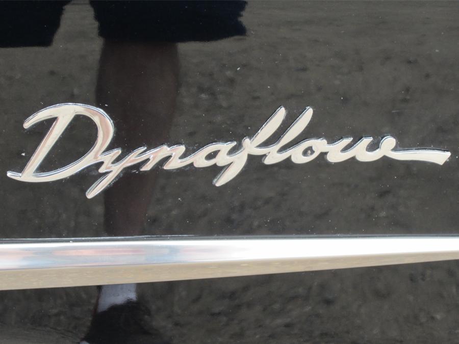 0014_dynaflow_sexy_leg_logo_sof.jpg