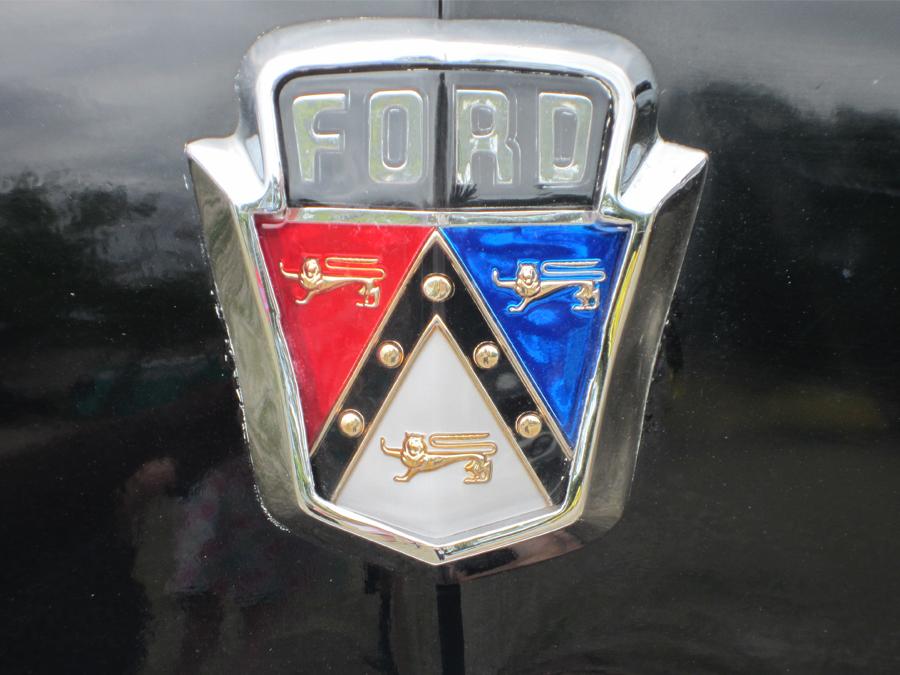 0016_ford_crest_logo_sof.jpg