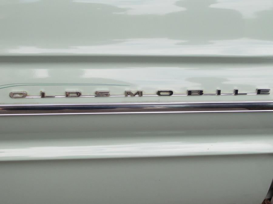 0046_oldsmobile_2_logo_sof.jpg
