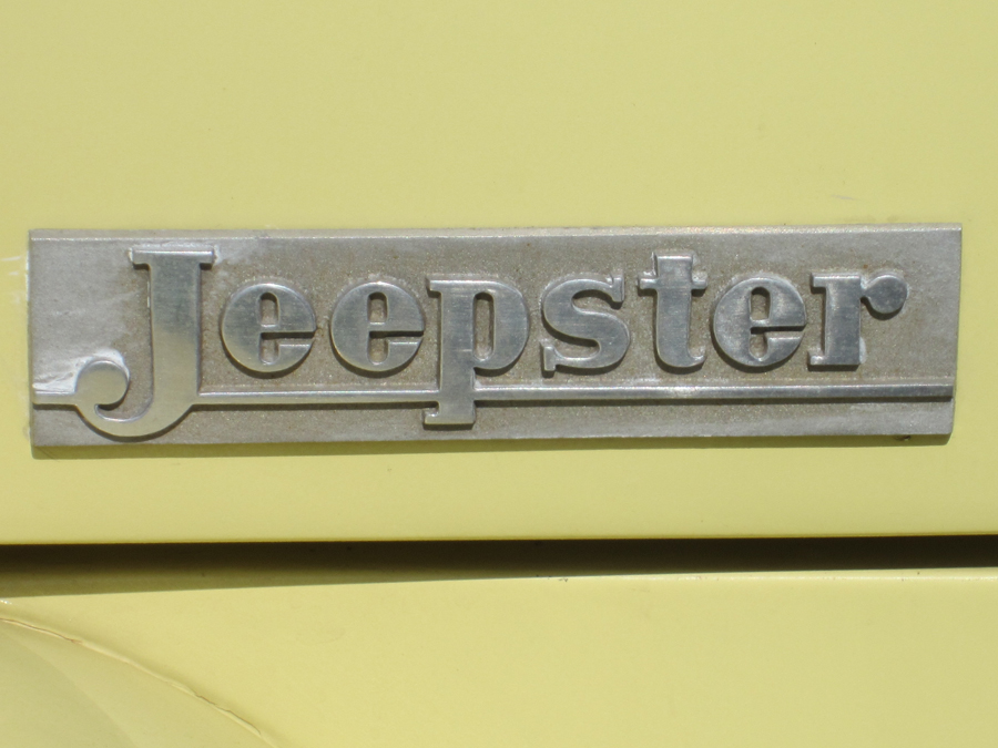 0058_jeepster_logo_sof.jpg