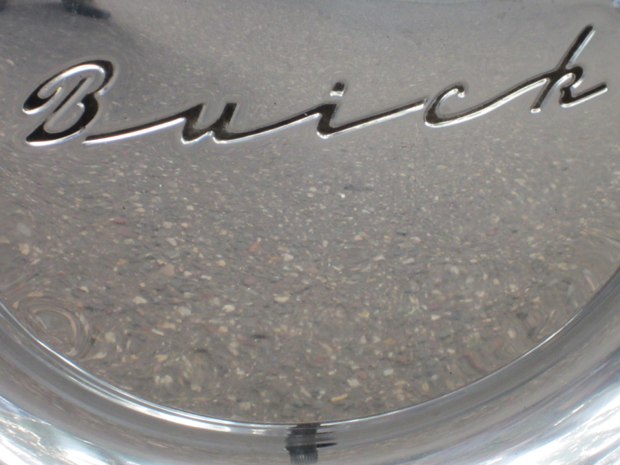 0064_buick_wheel_logo_sof.jpg
