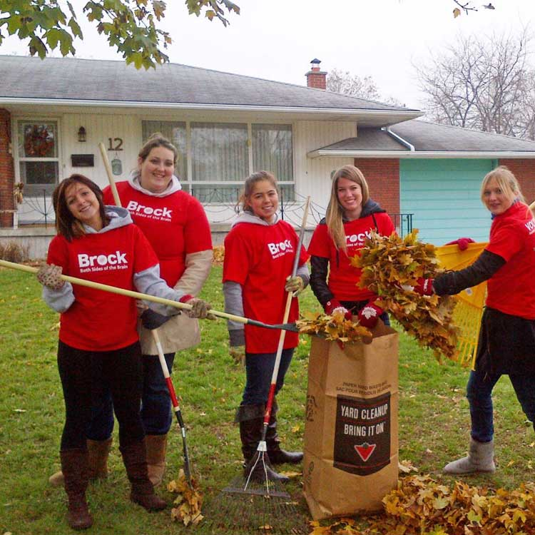 xocial_acts-of-kindness-raking-leaves-brock-students.jpg