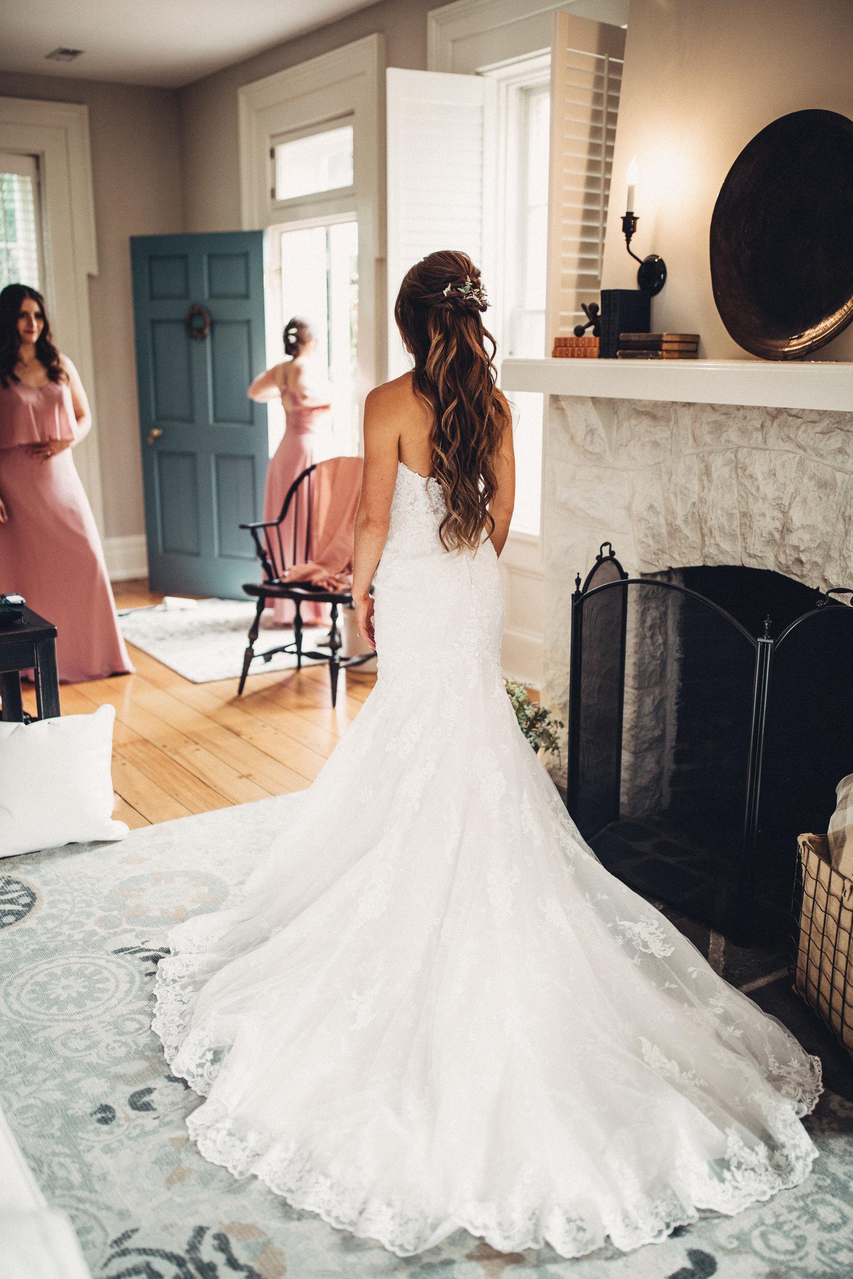 Editorial_Ohio_Farmhouse_Wedding_12.JPG