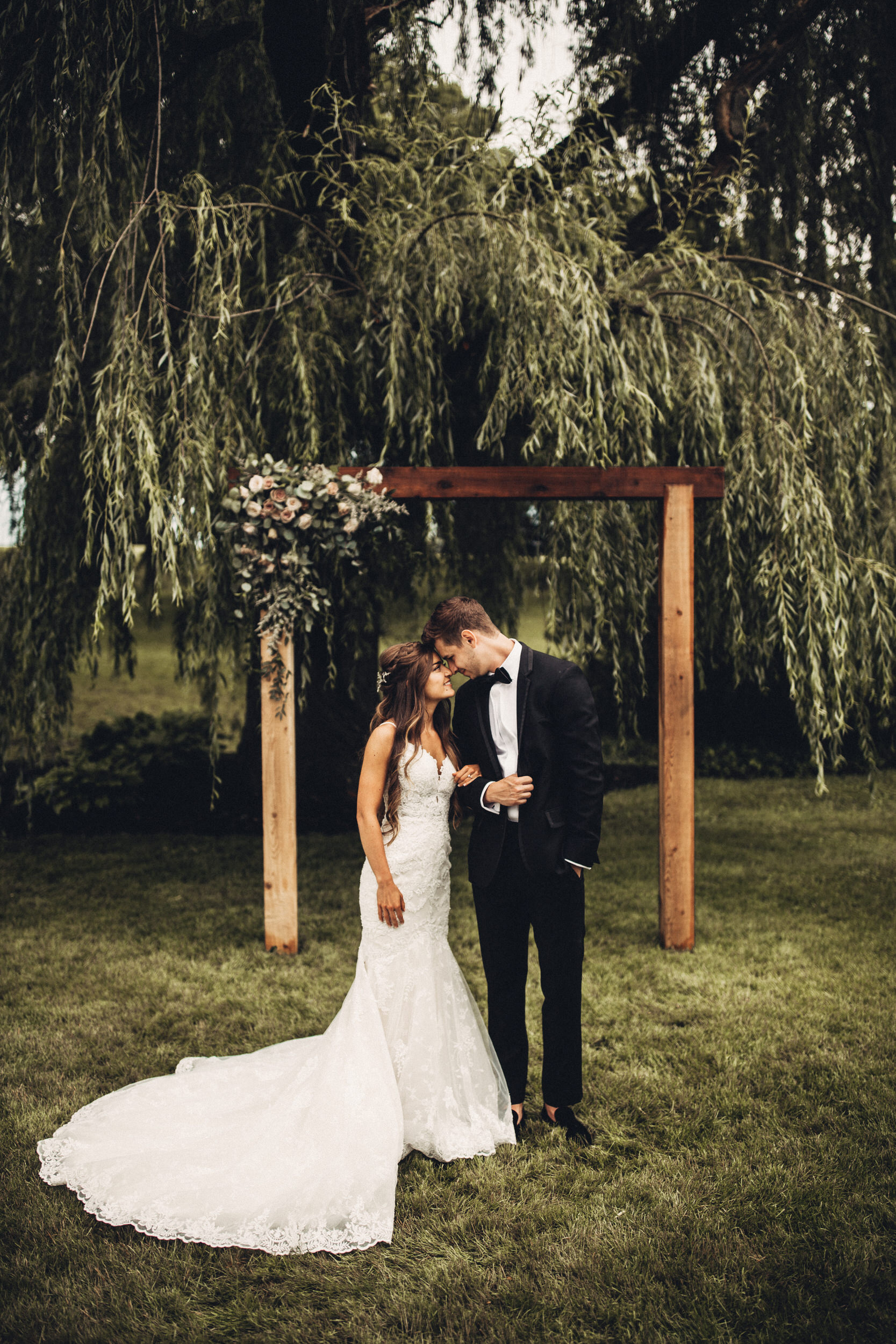 Editorial_Ohio_Farmhouse_Wedding_26.JPG