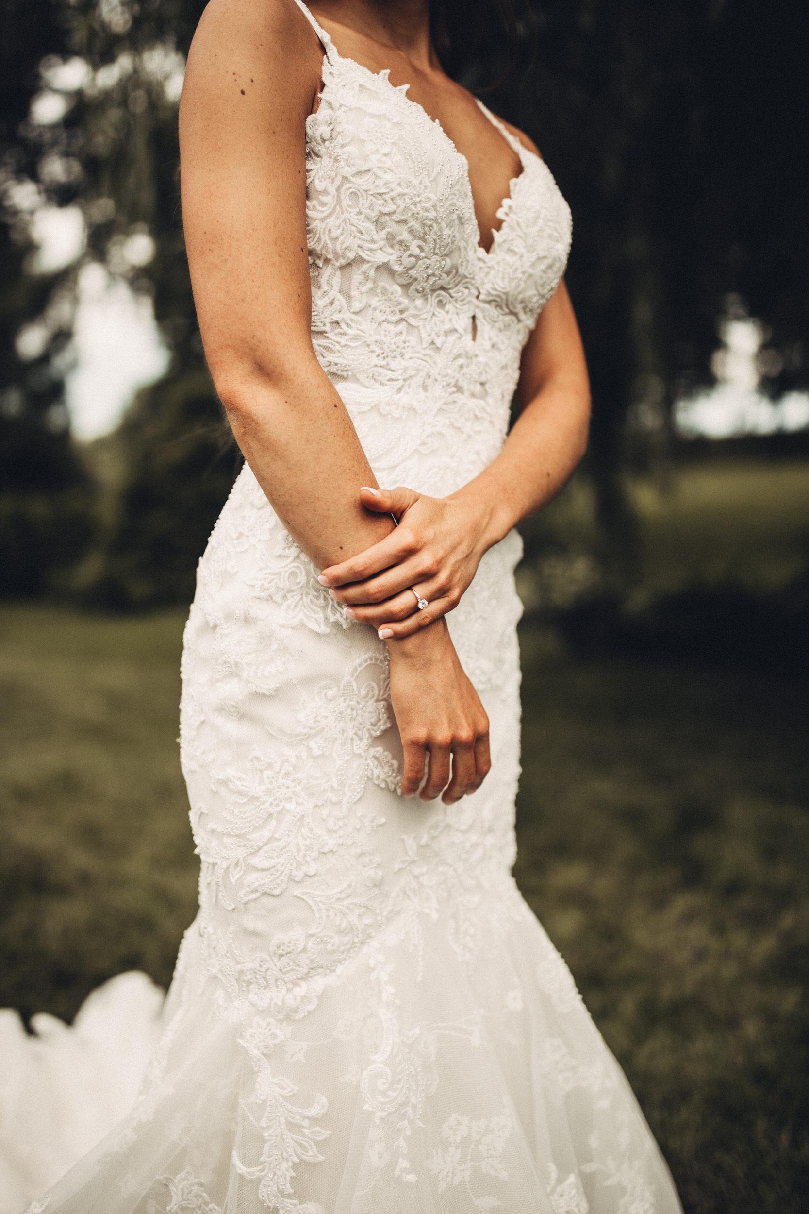 Editorial_Ohio_Farmhouse_Wedding_35.JPG