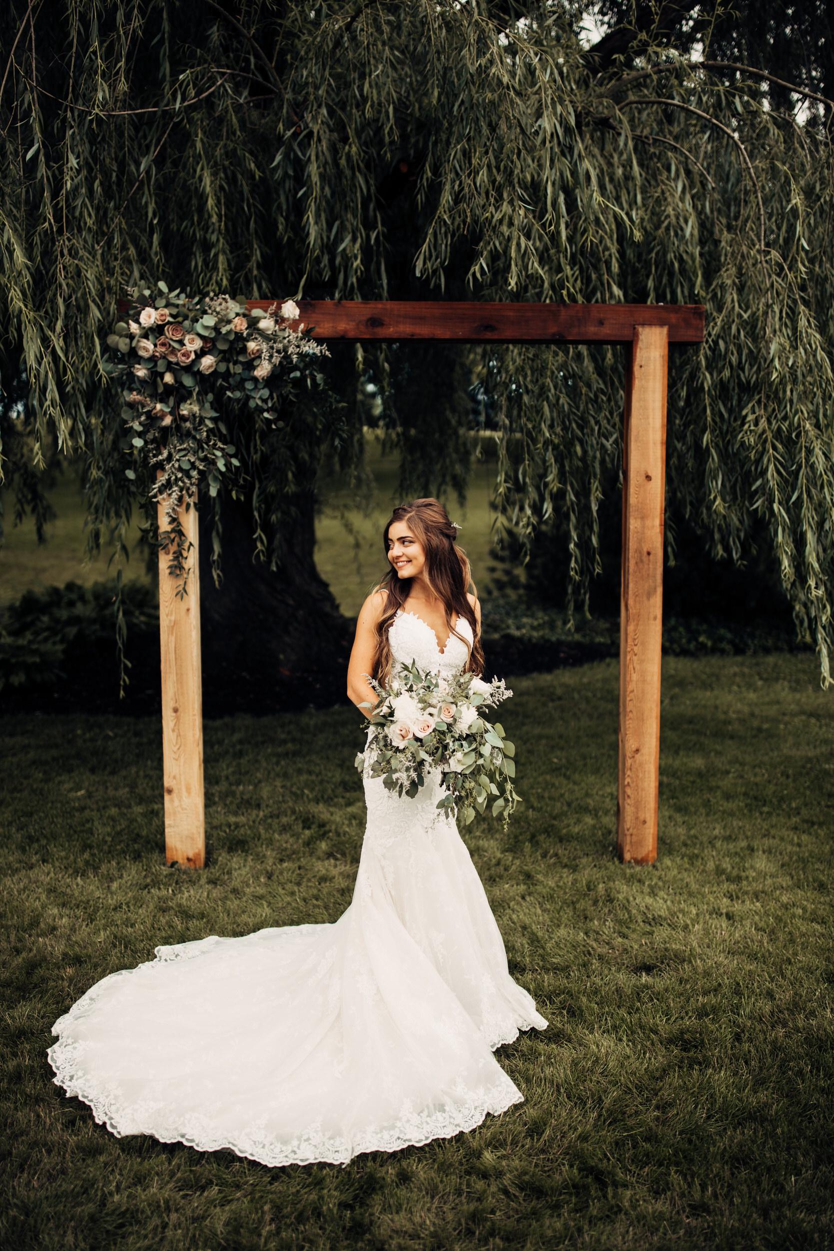 Editorial_Ohio_Farmhouse_Wedding_37.JPG