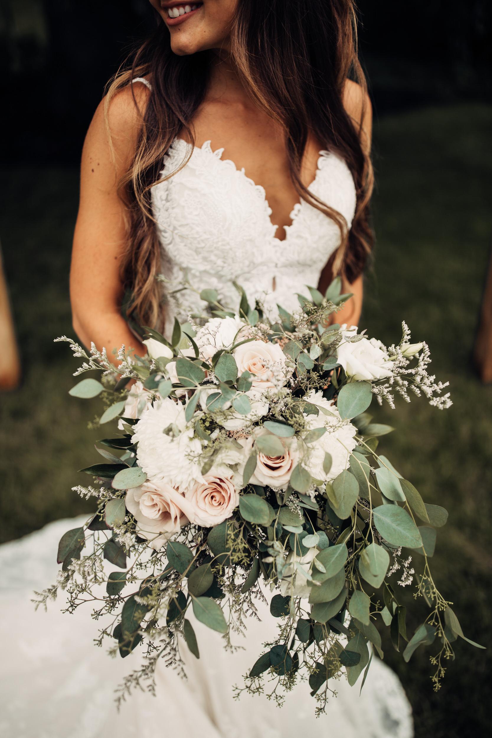 Editorial_Ohio_Farmhouse_Wedding_38.JPG
