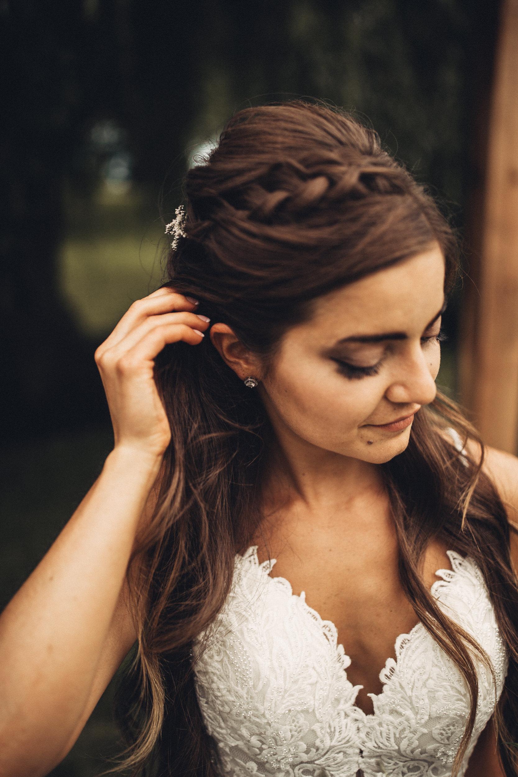 Editorial_Ohio_Farmhouse_Wedding_40.JPG