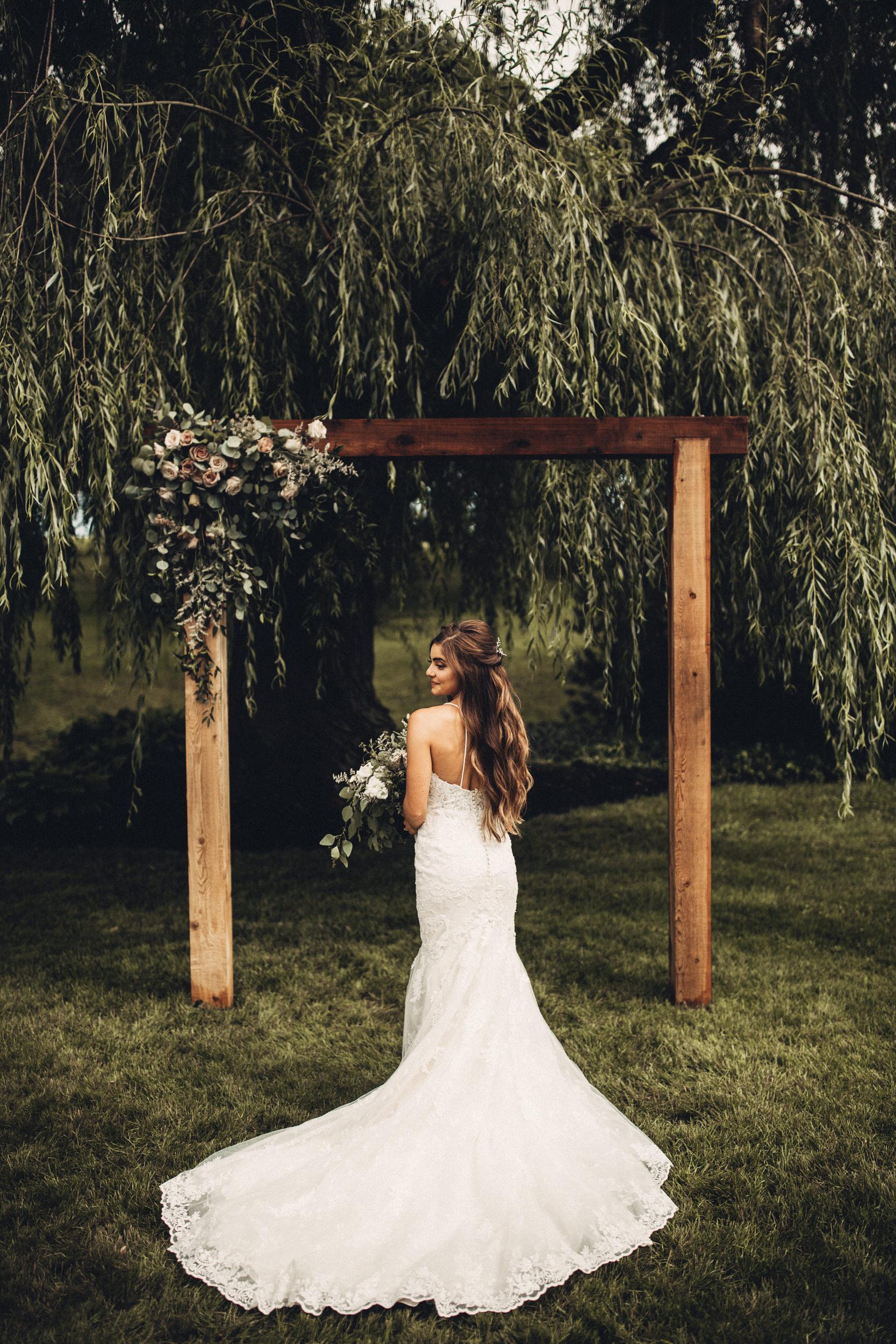 Editorial_Ohio_Farmhouse_Wedding_41.JPG