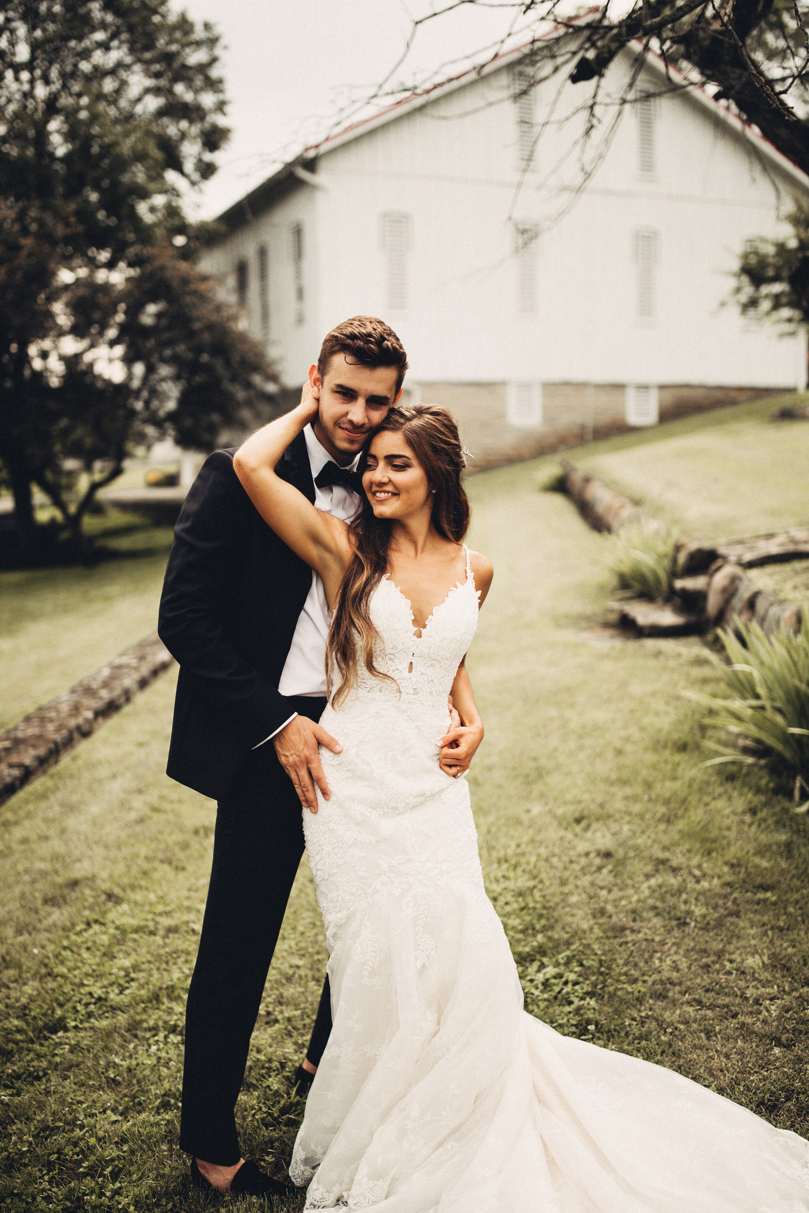 Editorial_Ohio_Farmhouse_Wedding_47.JPG