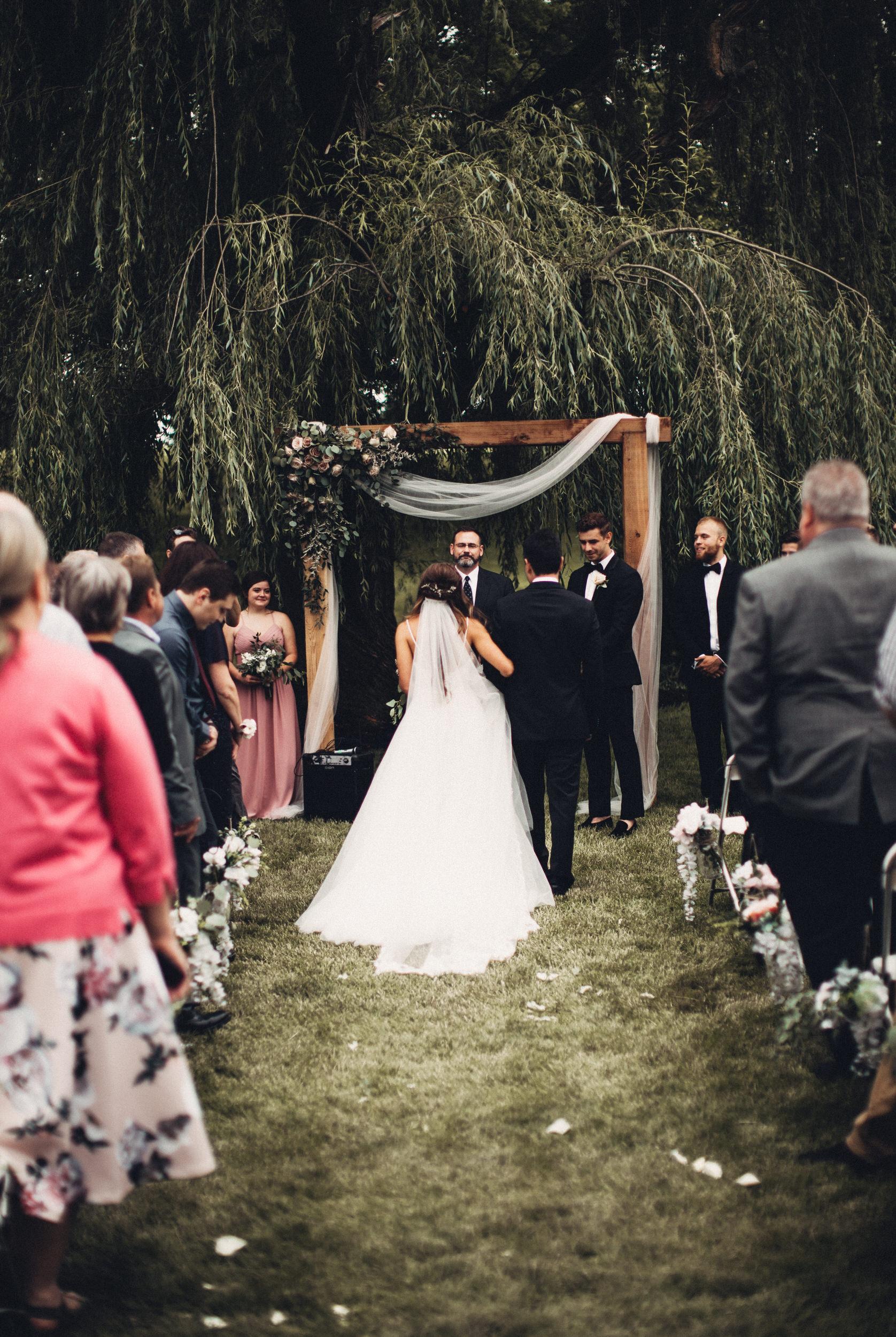 Editorial_Ohio_Farmhouse_Wedding_62.JPG