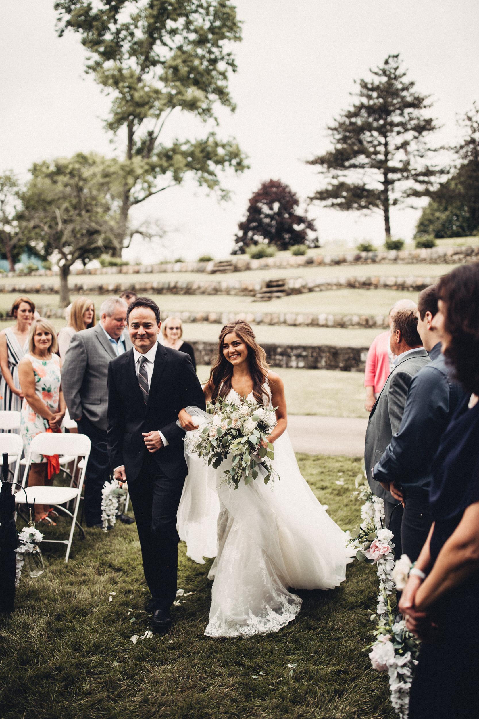 Editorial_Ohio_Farmhouse_Wedding_61.JPG