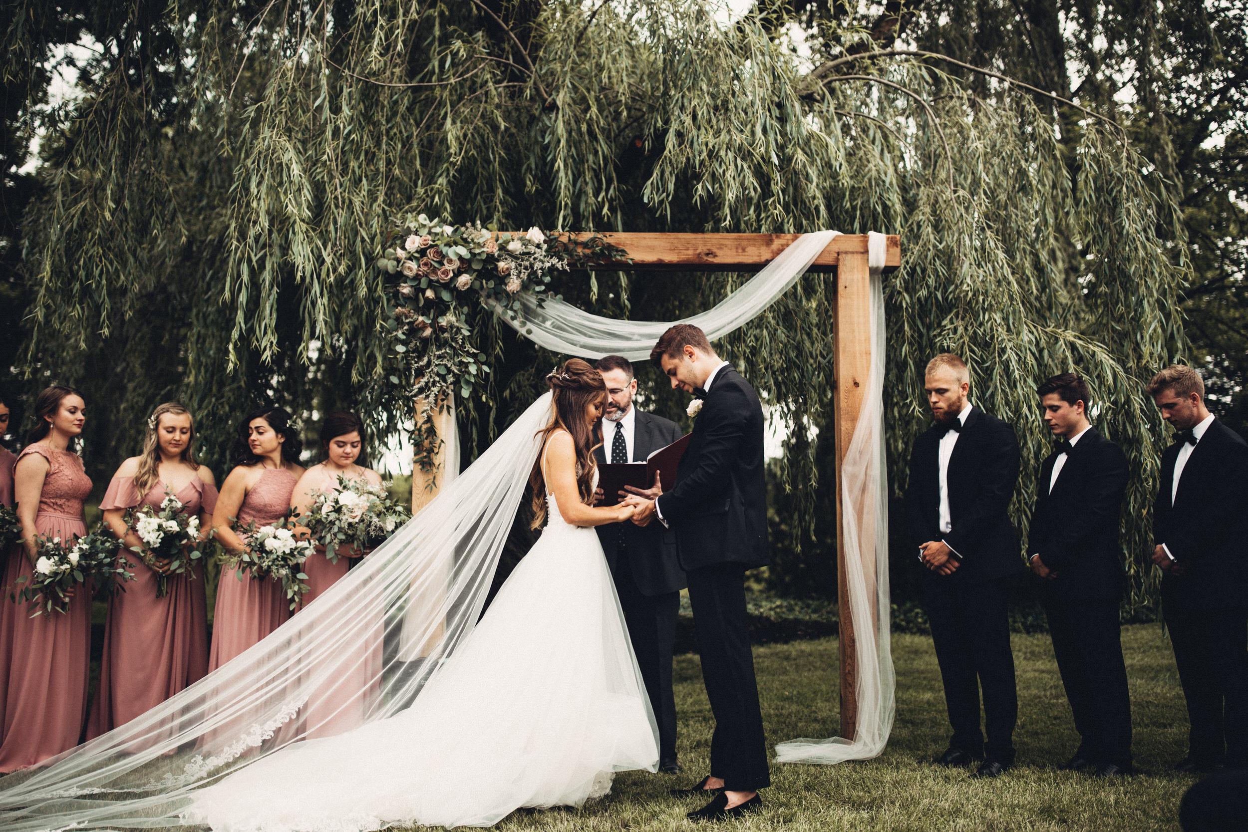 Editorial_Ohio_Farmhouse_Wedding_64.JPG