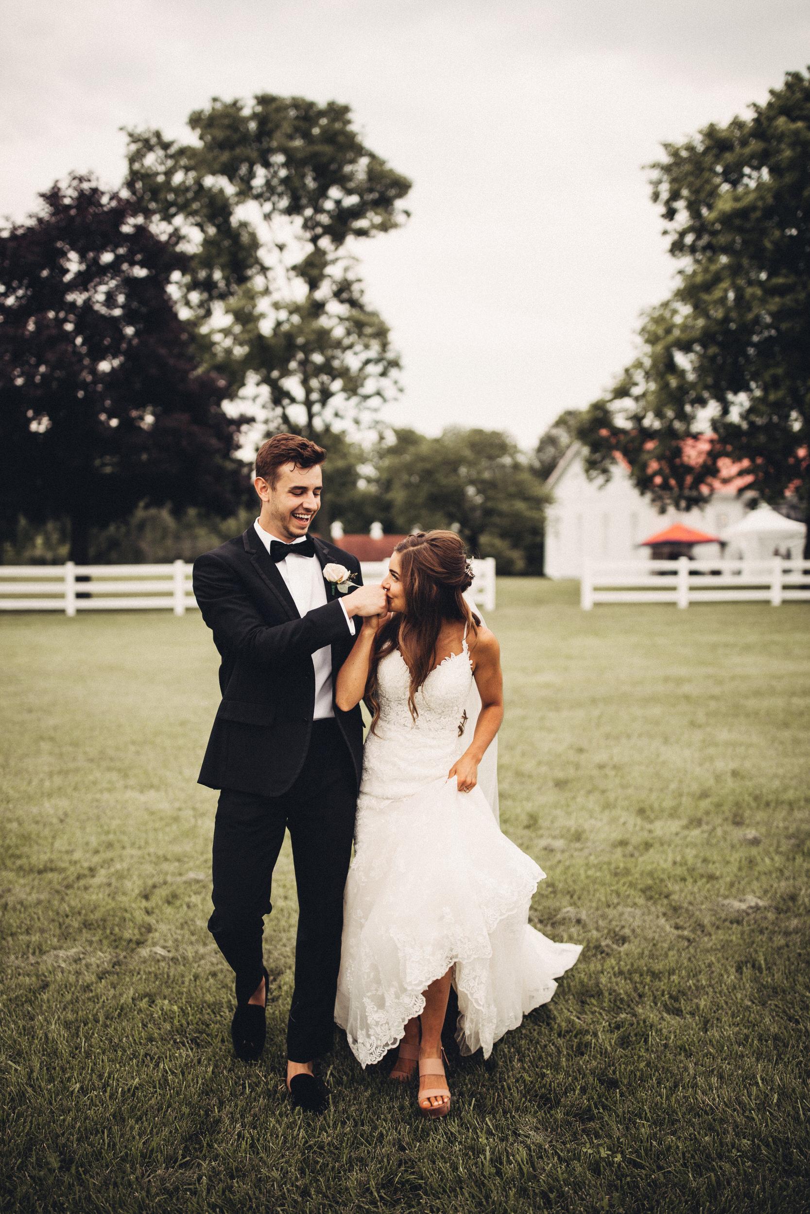 Editorial_Ohio_Farmhouse_Wedding_81.JPG