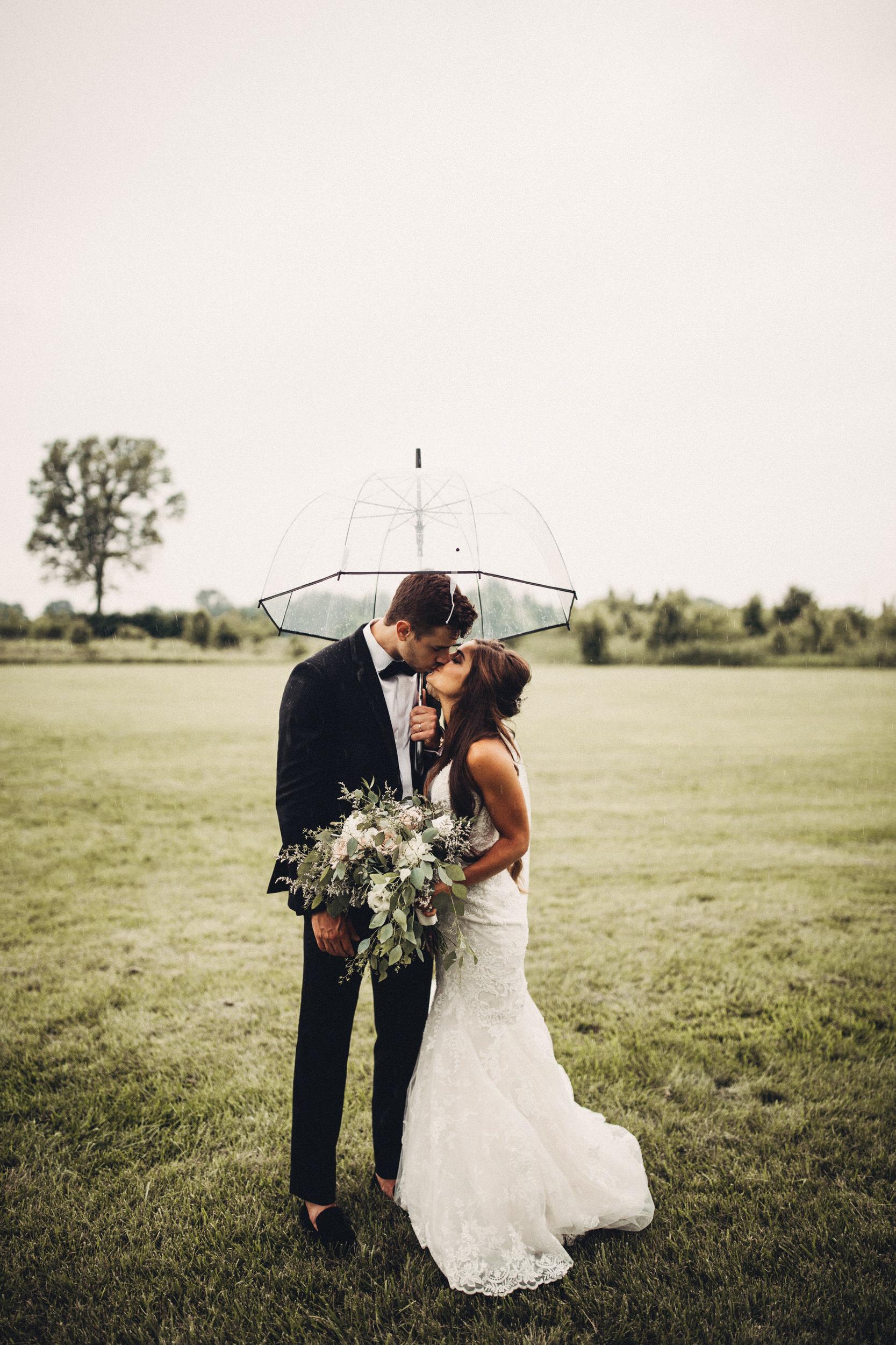 Editorial_Ohio_Farmhouse_Wedding_91.JPG