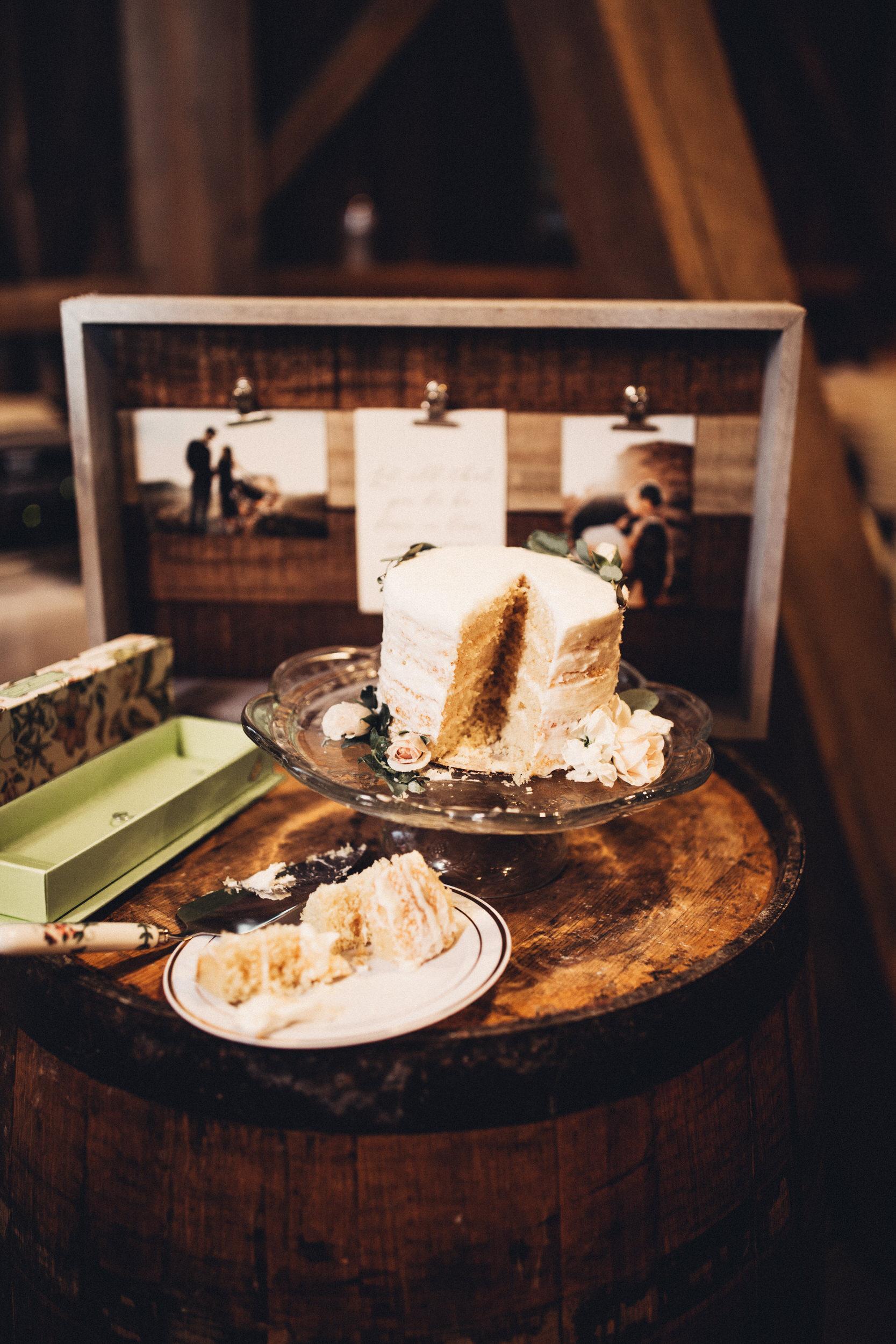 Editorial_Ohio_Farmhouse_Wedding_101.JPG