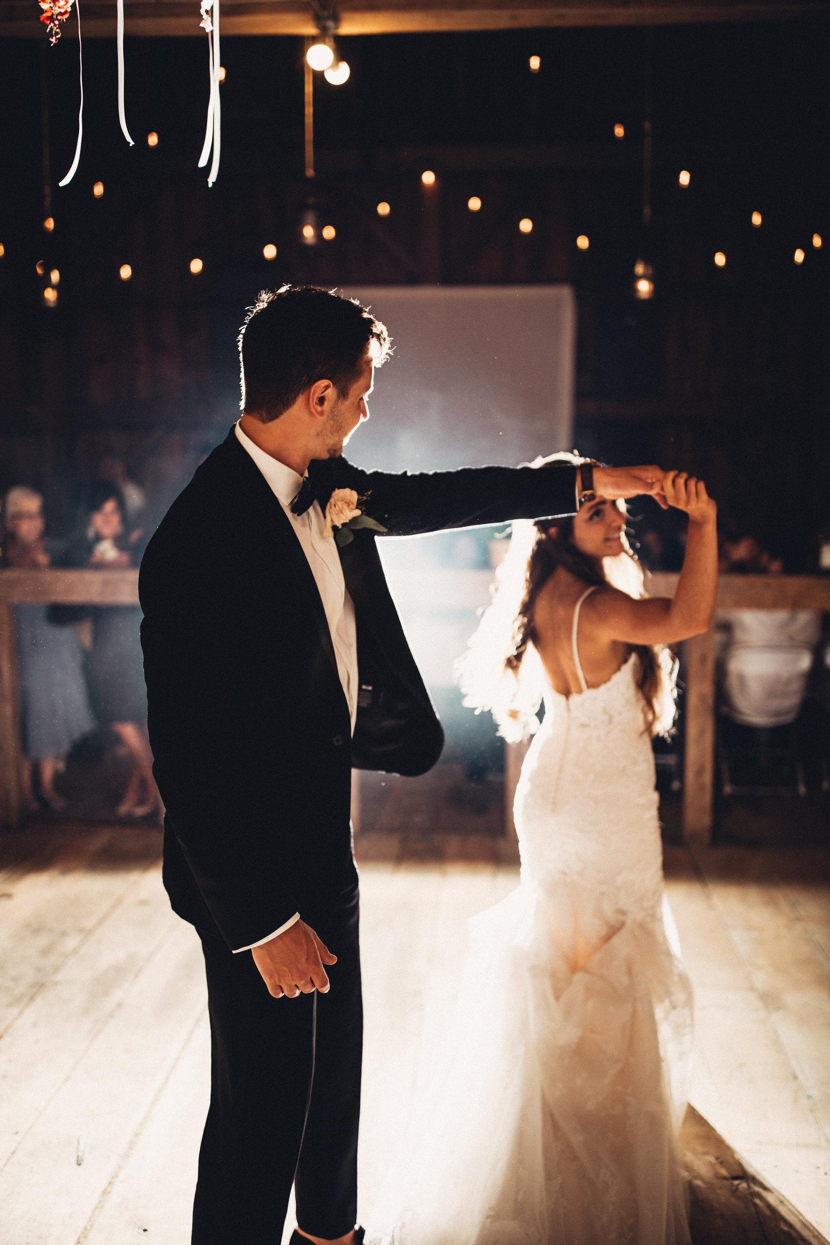 Editorial_Ohio_Farmhouse_Wedding_103.JPG