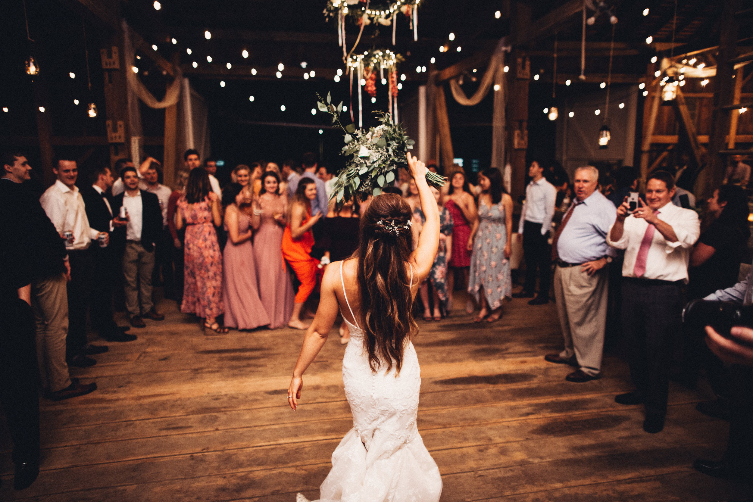 Editorial_Ohio_Farmhouse_Wedding_108.JPG