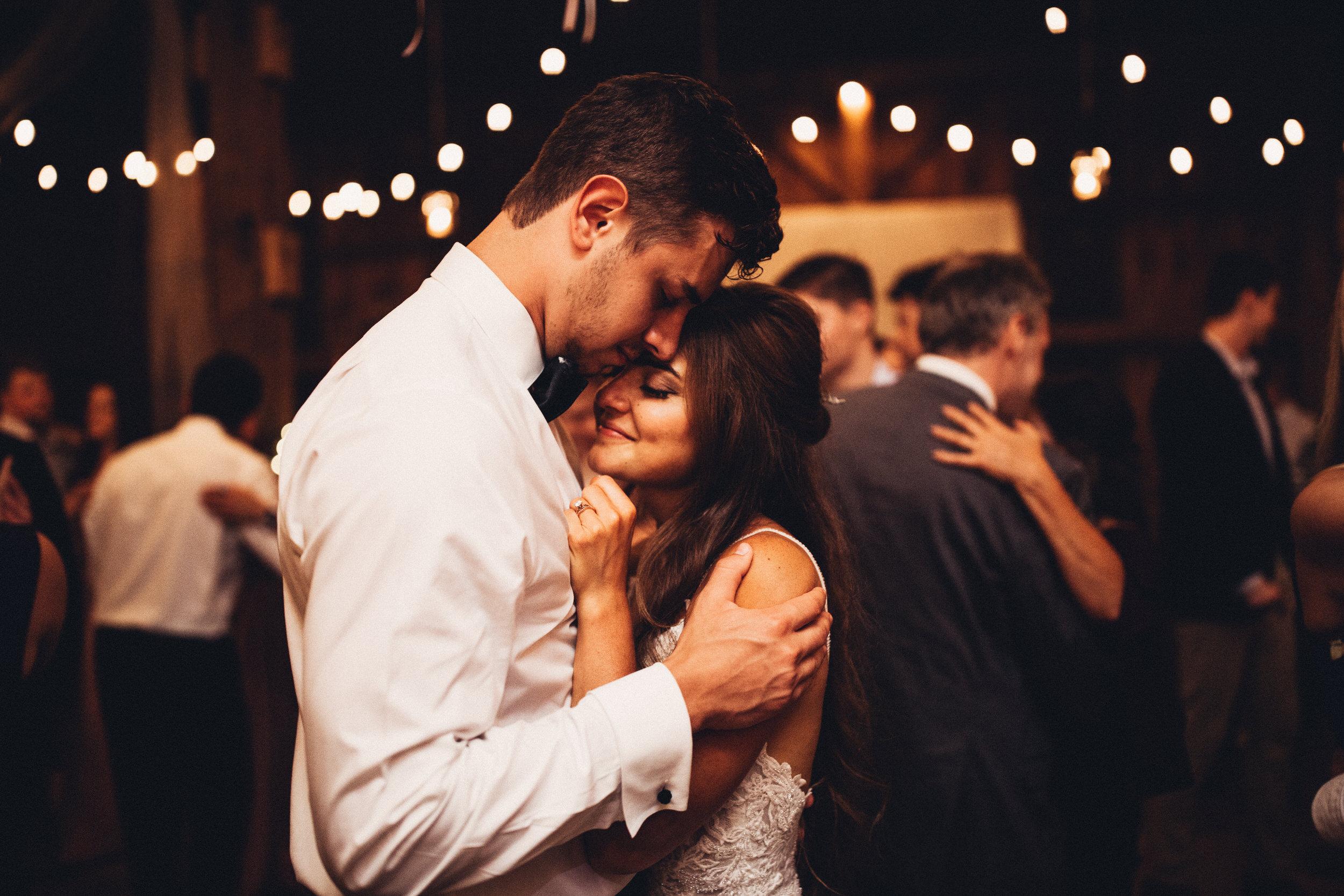 Editorial_Ohio_Farmhouse_Wedding_111.JPG