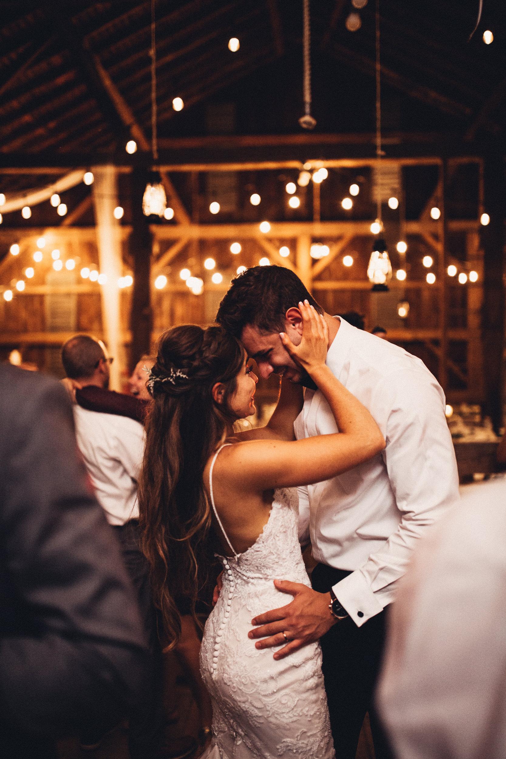 Editorial_Ohio_Farmhouse_Wedding_112.JPG