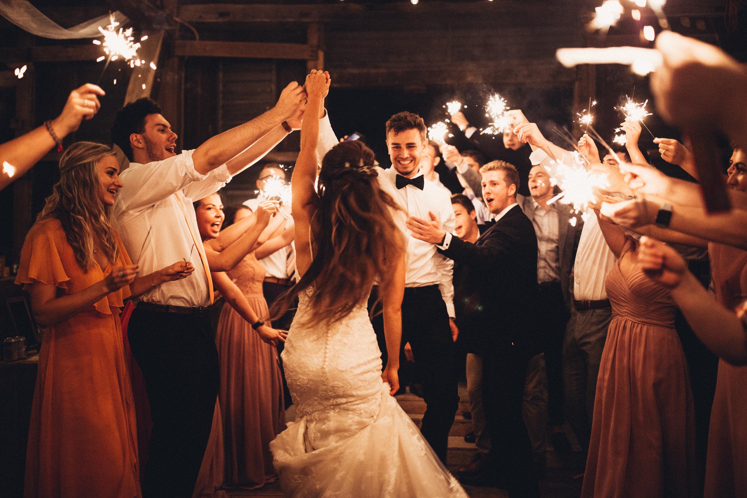 Editorial_Ohio_Farmhouse_Wedding_114.JPG