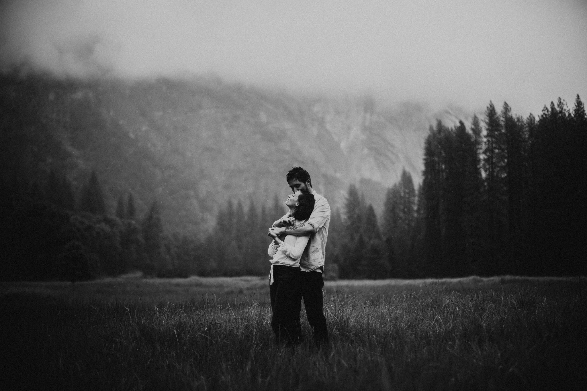 Yosemite-engagement-session-lauren-and-tom27.jpg