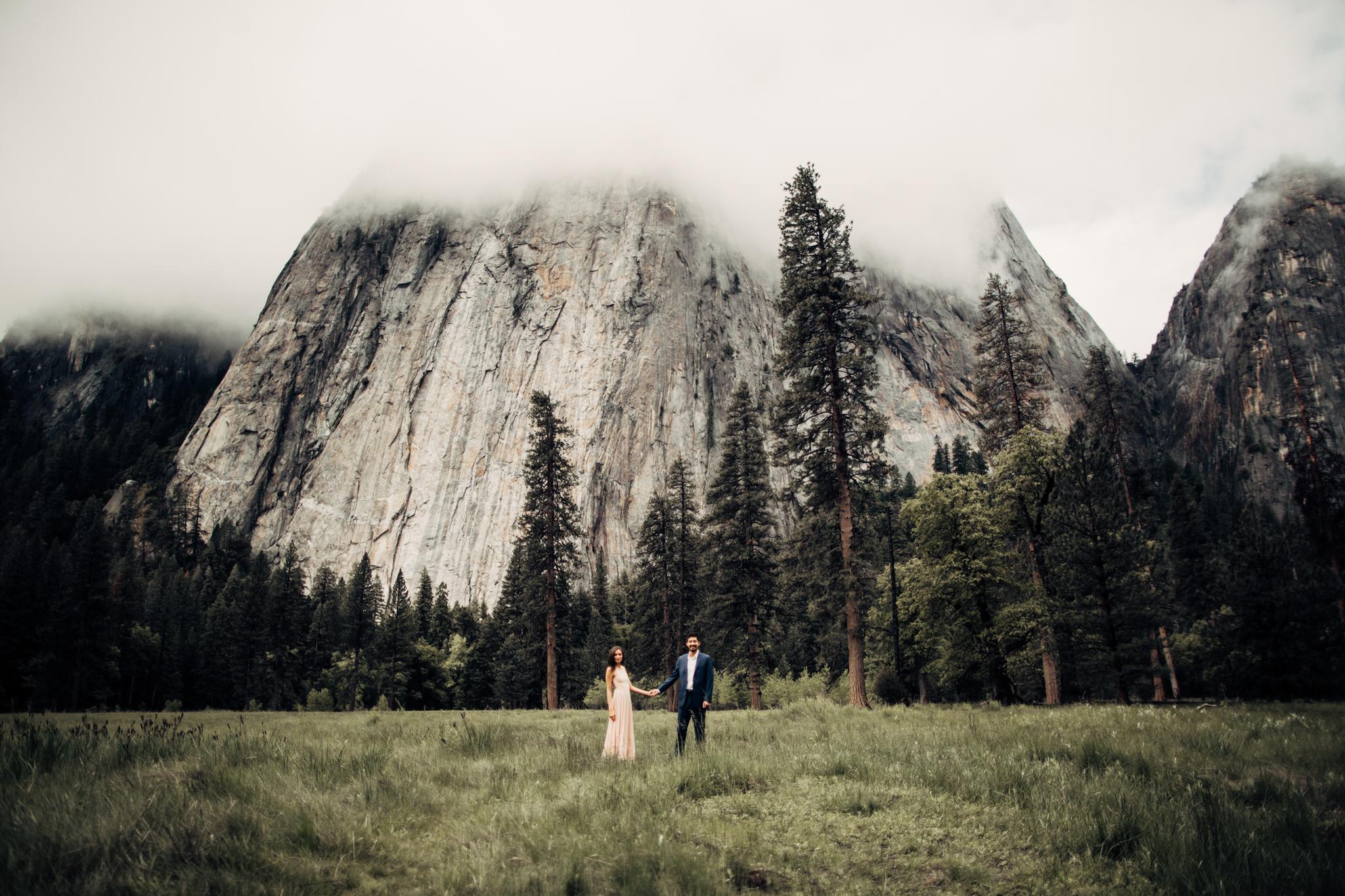 Yosemite-engagement-session-lauren-and-tom60.jpg